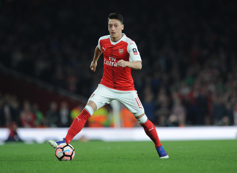 Arsenal: 3 Reasons Alexandre Lacazette Can Be Striking Saviour