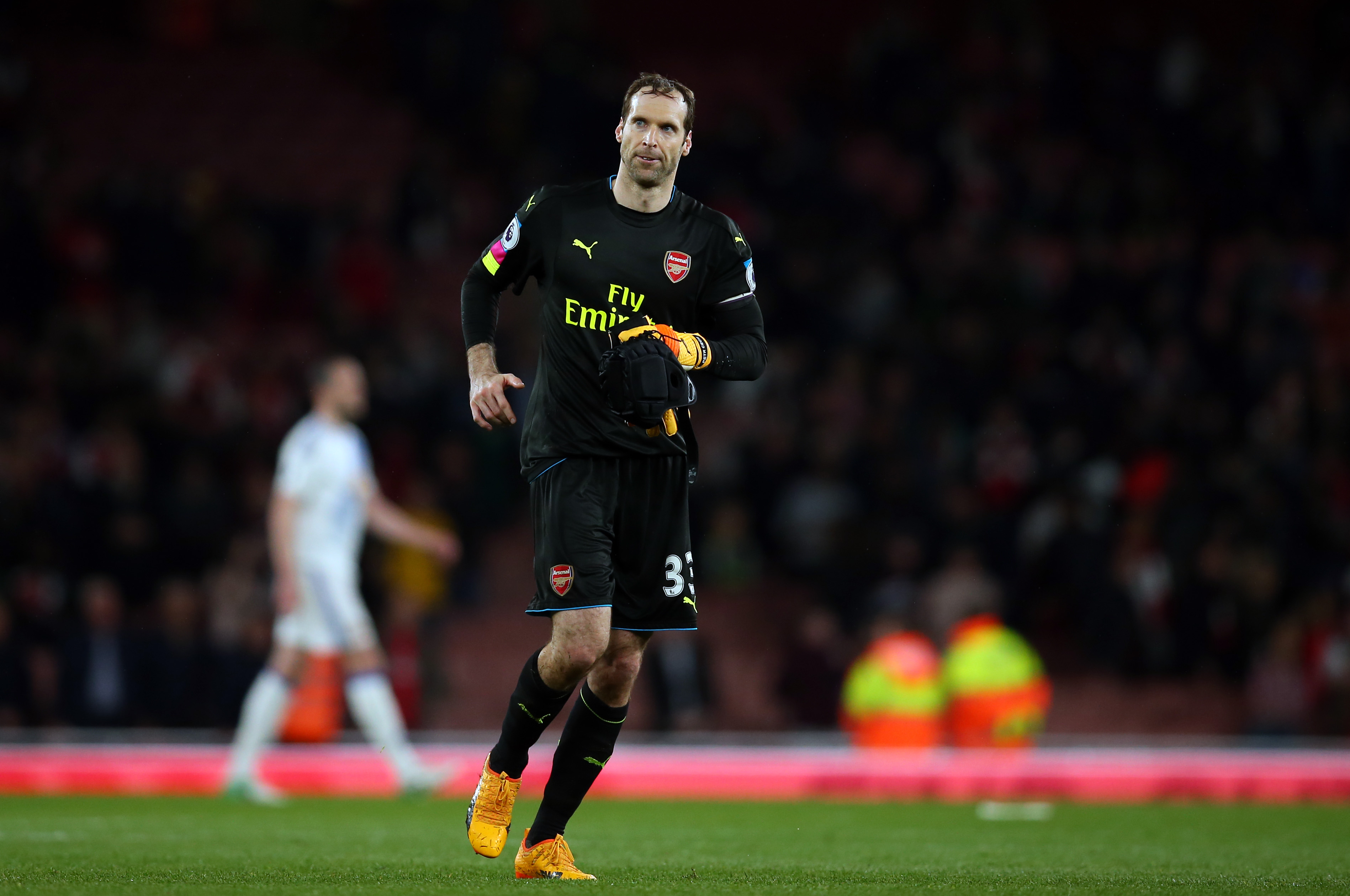 Arsenal 3 goalkeeper candidates to replace Petr Cech